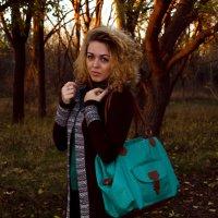 Прогулка с Машей :: Надежда Зайцева