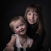Брат и сестра :: Антон Смульский