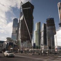 Из серии Стекло и бетон 7/13 :: Борис Гольдберг
