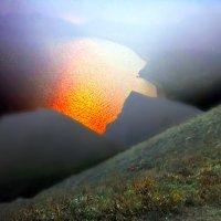 в закатной дымке полыхает море :: viton
