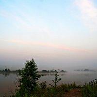 Утренний туман на реке. :: Владимир Михайлович Дадочкин