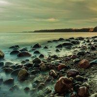 Каменистый берег :: Владимир Самсонов