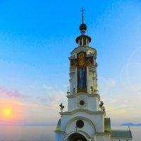 Храм-маяк святого Николая Чудотворца :: Сергей Ксенофонтов