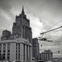Сталинские высотки - Здание МИД РФ на Смоленской-Сенной площади :: Евгений Жиляев