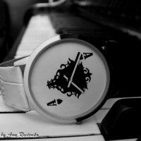 часы и клавиши :: Анна Руденко