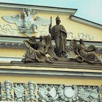 Фасад Русского Музея :: Сергей Владимиров