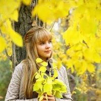 Задумчивая осень. :: Нелли Кравченко