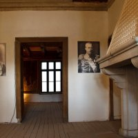 Вход в гостиную и центральный аромокамин :: Дарья Казбанова