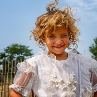 Цыганская девочка :: Ростислав Бычков