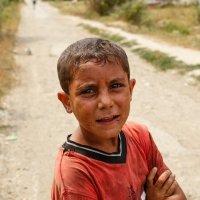Цыганский мальчик :: Ростислав Бычков