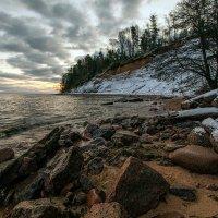 Высокий берег у форта Красная Горка. :: Юрий