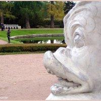 Рыба в пушкинском парке :: vadim