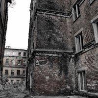 жилой дом...... :: Sergey Ganja