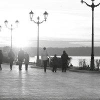Набережная Самары ноябрь :: Арсений Корицкий
