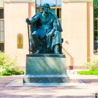 Памятник Тургеневу. :: Александр Лейкум