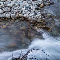 горная река :: Василий Игумнов