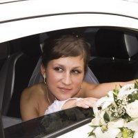 невеста, взгляд в счастливое будущее :: Александр Козлов