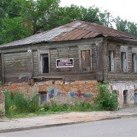 Нежилой дом на ул. Вокзальной :: Николай ntv