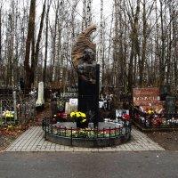 Богословское кладбище :: Сергей Кочнев