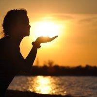 Поцелуй солнца :: Ксения Ерофеева