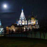 Под луной. :: Igor Yakovlev