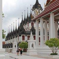 Бангкок, Железный храм :: Владимир Шибинский