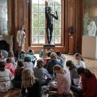 Урок рисования в музее Родена :: Любовь Гайшина