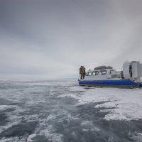 Короткое путешествие по Байкалу в пасмурную погоду* :: Павел Федоров