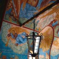 Роспись главного входа в Введенский собор Толгского монастыря. Ярославль. :: Natalie .
