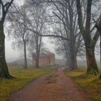 крепостной туман :: Ирэна Мазакина