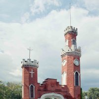 Башня-ворота Замка :: Дарья Казбанова