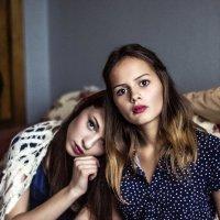 Girls :: Lyuda Chesnokova