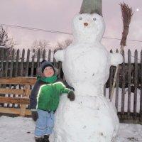 первый снеговик :: Anna Danilova