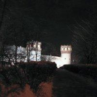 Вид на западную стену с Лужнецкого проезда :: Сергей Мягченков