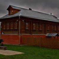 крестьянский дом в музее коломенское :: Александр Шурпаков