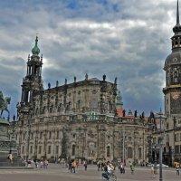 The Square in Dresden :: Roman Ilnytskyi