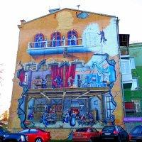 Разрисованная стена дома :: Ростислав