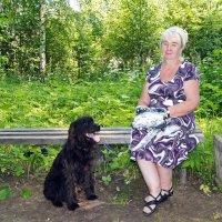 Дама с собачкой :: Валерий Симонов