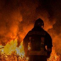 Верный страж огня :: Григорий Храмов