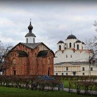 Осенний Гостиный двор :: Евгений Никифоров