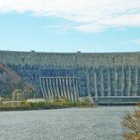 Саяно - Шущенская ГЭС :: юрий Амосов