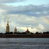 Радуга над Петропавловской :: Дмитрий Сушкин