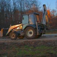 Трактор :: Геннадий Тимохин
