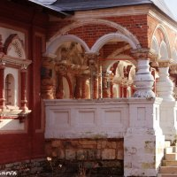 На территории Савинно-Сторожевского монастыря :: Алина Молчанова