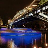 Мост Богдана Хмельницкого (Киевский пешеходный мост) :: Евгений Жиляев