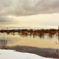 Протока вблизи города Абакана :: юрий Амосов