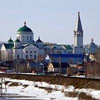 Последний снег. :: Владимир