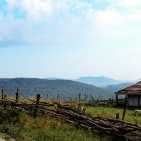 маленькая деревушка на вершине горы :: Ксения Сутырина