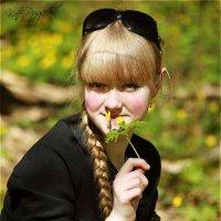 в лесу :: Екатерина Пугач
