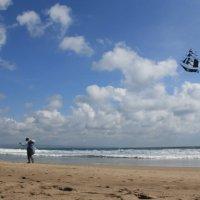 Kite vendor. Bali. Indonesia. :: Eva Langue